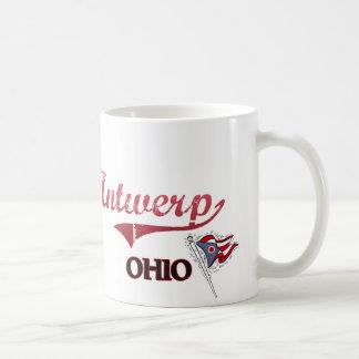 Obra clásica de la ciudad de Amberes Ohio Taza Básica Blanca