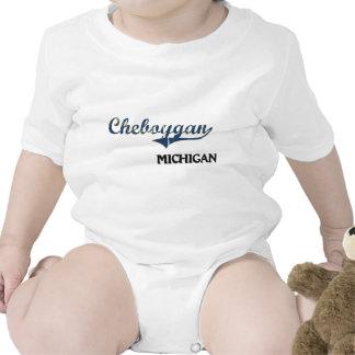 Obra clásica de la ciudad de Cheboygan Michigan Traje De Bebé