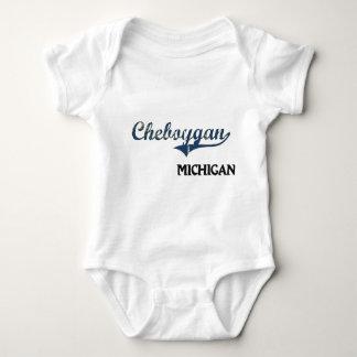 Obra clásica de la ciudad de Cheboygan Michigan Tee Shirts