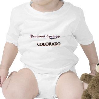 Obra clásica de la ciudad de Glenwood Springs Colo Traje De Bebé