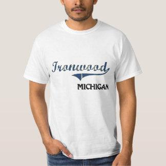 Obra clásica de la ciudad de Michigan del Ironwood Playera