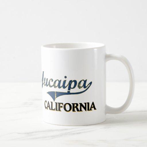 Obra clásica de la ciudad de Yucaipa California Taza Básica Blanca