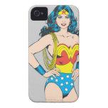 Obra clásica de la Mujer Maravilla Case-Mate iPhone 4 Cárcasa