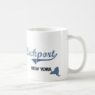 Obra clásica de Lockport New York City Taza Básica Blanca