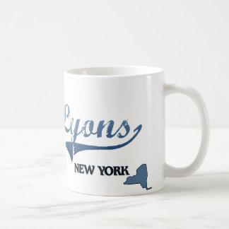 Obra clásica de Lyon New York City Taza Básica Blanca