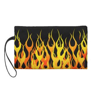 Obra clásica que compite con las llamas en el fueg