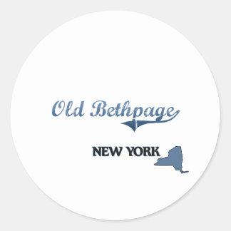 Obra clásica vieja de Bethpage New York City Etiquetas Redondas