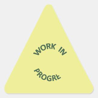Obras en fase de creación incompletas pegatina triangular