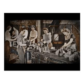 Obreros 1945 de las municiones de la asamblea postales