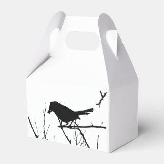 Observación de pájaros del amor de la silueta del cajas para detalles de boda