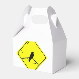 Observación del trago o de pájaros del amor de la cajas para regalos