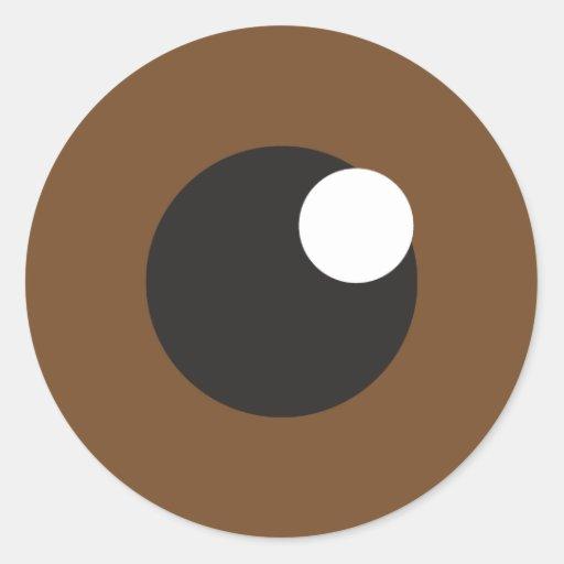 observe al pegatina con la reflexión marrón del