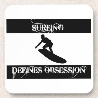 obsesionado con practicar surf posavasos de bebidas