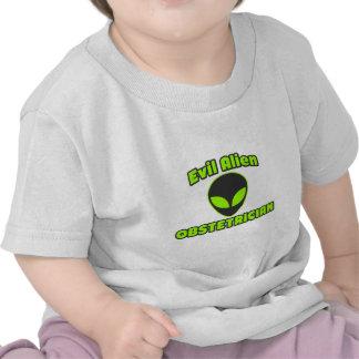 Obstétrico extranjero malvado camisetas