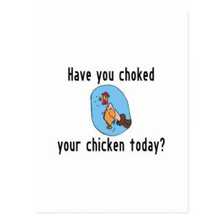 Obstruyó su pollo postal