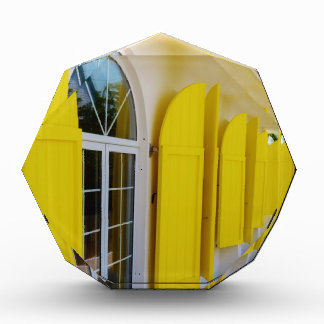 Obturadores amarillos