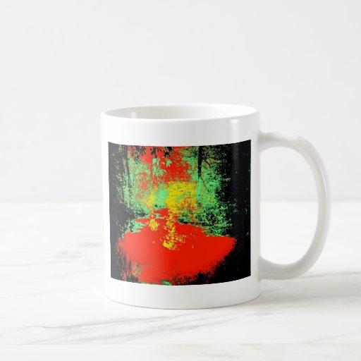 Ocaso en el pantano tazas de café