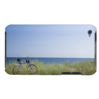 Ocean and horizon with clear blue sky iPod Case-Mate case