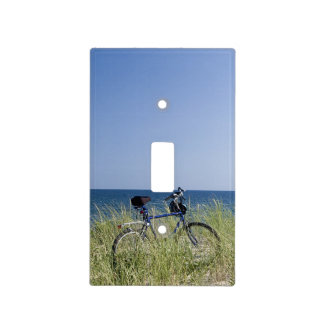Ocean and horizon with clear blue sky light switch cover