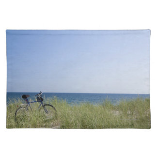 Ocean and horizon with clear blue sky cloth placemat