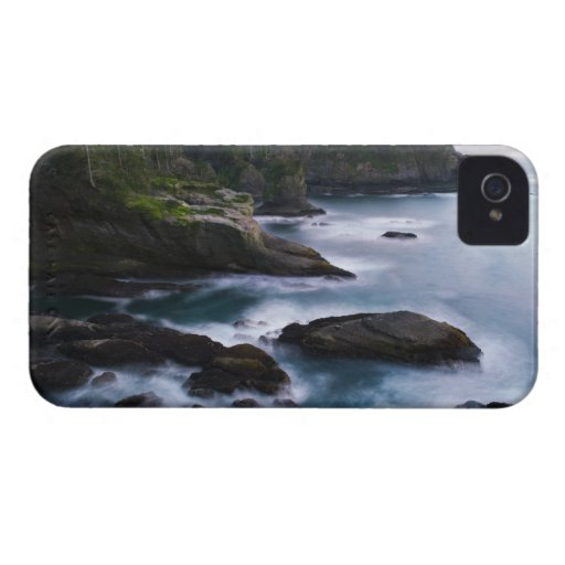 Ocean and rocky shore of remote area 2 iPhone 4 Case-Mate case