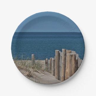 Ocean beach and beach fence paper plate