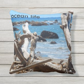ocean life throw cushion 2