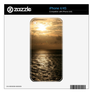 Ocean Sunset in Sepia iPhone 4 Skins