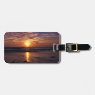 Ocean sunset luggage tag