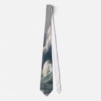 Ocean Swells Tie