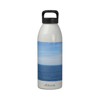 Océano azul fresco botellas de agua reutilizables