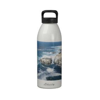 Océano pacífico de la costa oeste de los E.E.U.U.  Botella De Agua Reutilizable