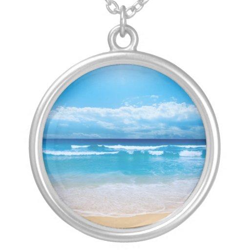 Océano tropical collar plateado