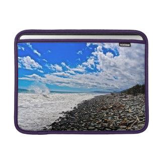 Océano y cielo asombrosos horizontales del aire 13 fundas macbook air