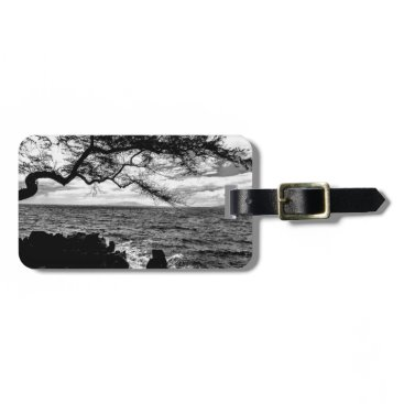 Hawaiian Themed Oceanside Tree in Hawaii Black and White Luggage Tag
