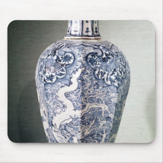 Octagonal 'Mei- P'ing' vase with white Mouse Pad
