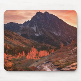 October Light on Headlight Basin Mouse Pad