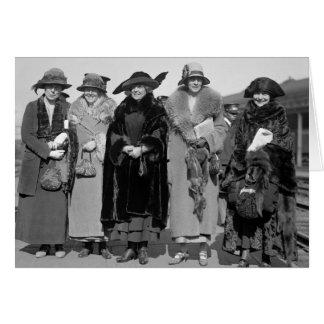 Oculte a sus mascotas: 1923 tarjeta de felicitación