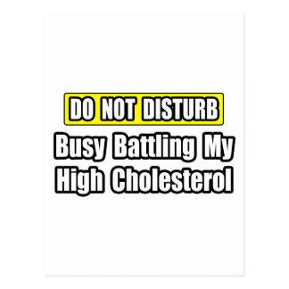 Ocupado luchando mi rico en colesterol tarjetas postales
