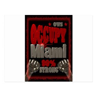 Ocupe la protesta de Miami OWS poster fuerte del Postal