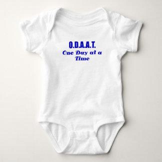 ODAAT un día a la vez Camisetas