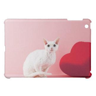 Odd-eyed cat iPad mini case