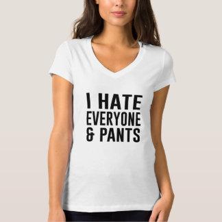 Odio cada uno y los pantalones playera