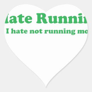 Odio correr verde pegatinas de corazon