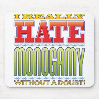Odio de la monogamia alfombrilla de ratón