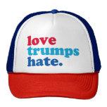 odio de los triunfos del amor gorro