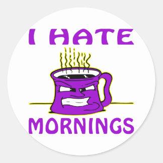 Odio la taza de café enojada de las mañanas pegatinas redondas