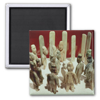 Offering of sixteen male figures, from La 2 Inch Square Magnet