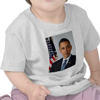 Official Portrait of president Barack Obama T-shirts