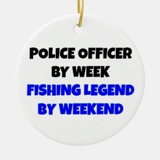 Oficial de policía de la leyenda de la pesca adorno navideño redondo de cerámica